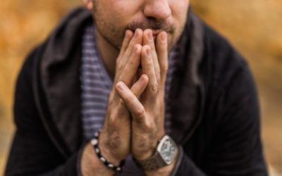 Emotionale Achterbahn nach einer Affäre – Wie gehe ich als Betrogene*r mit meinen Gefühlen um?